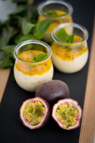 Zitronengras-Milchreis mit Maracuja